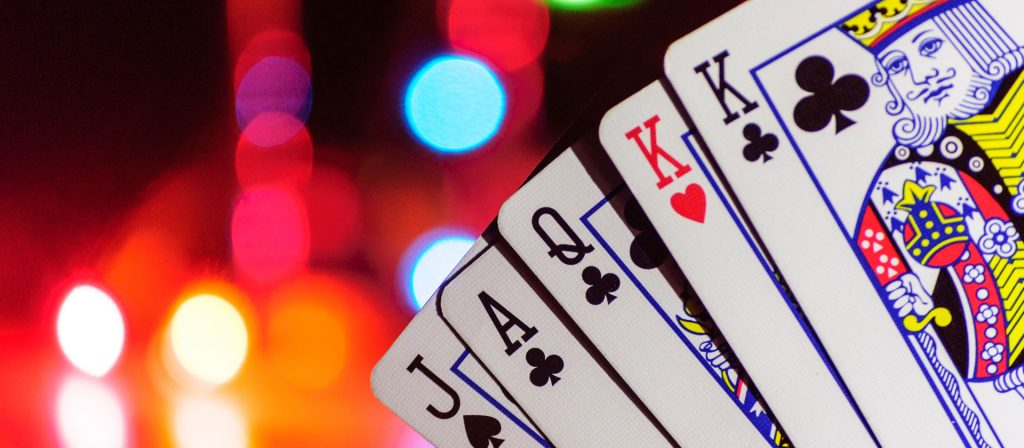 Online Casinos for all the online gamers